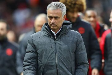 Gary Neville urges Jose Mourinho to give youth players a chance at Manchester United