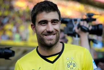 Manchester United interested in Borussia Dortmund defender Sokratis Papastathopoulos – report