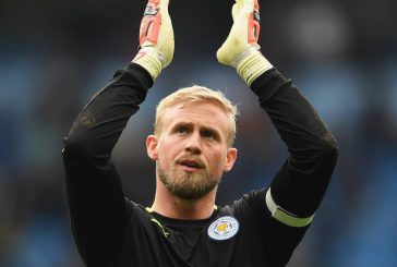 Peter Schmeichel admits he would love to see son Kasper play for Manchester United