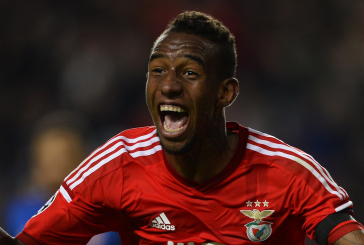 Manchester United submit bid for midfielder Anderson Talisca: report