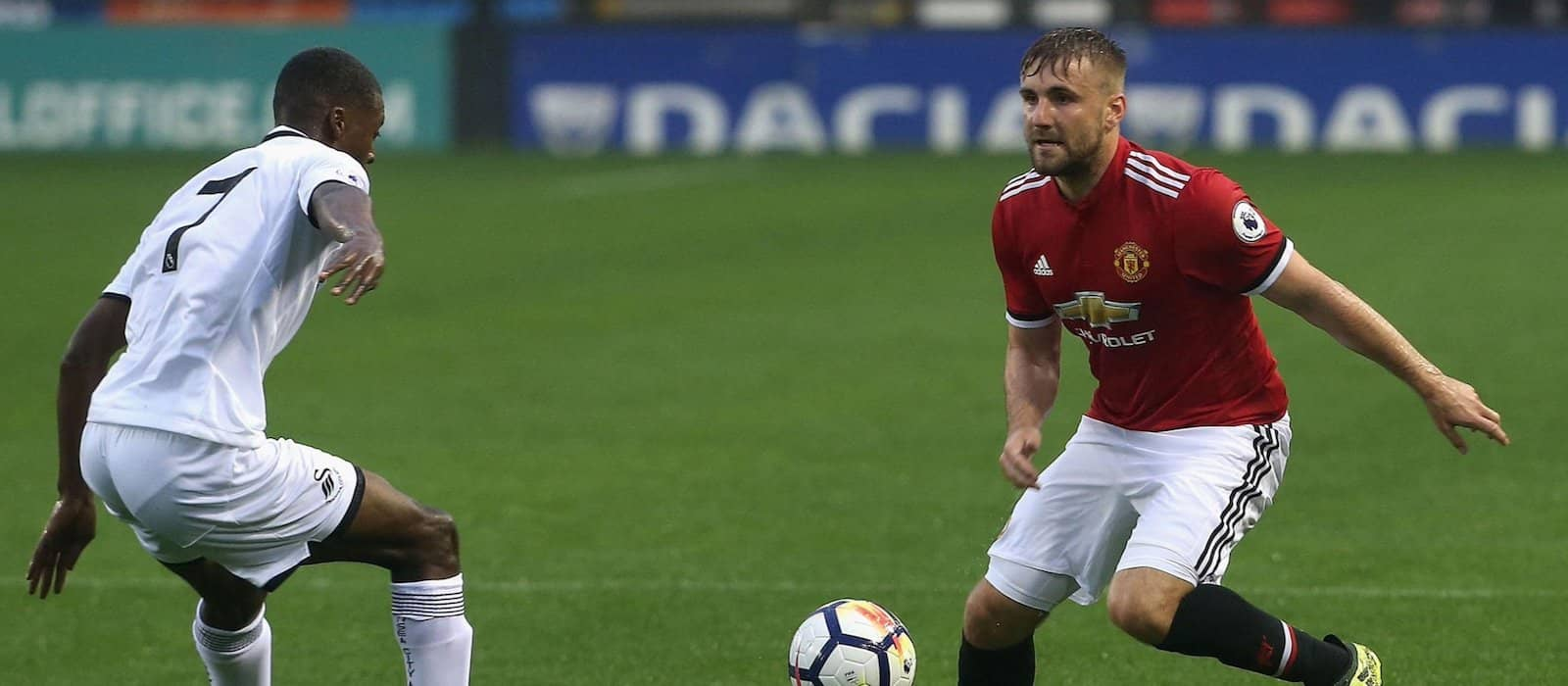 Luke Shaw's relationship with Jose Mourinho has completely broken down – report
