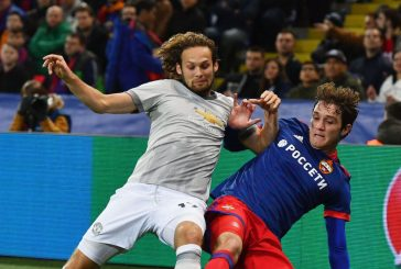 Manchester United fans enraged by Matteo Darmian and Daley Blind's performance vs Bristol City