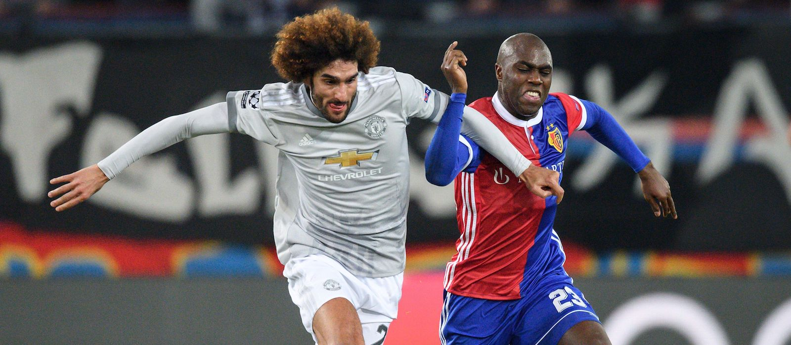 Marouane Fellaini tells Jose Mourinho he's leaving Manchester United: report