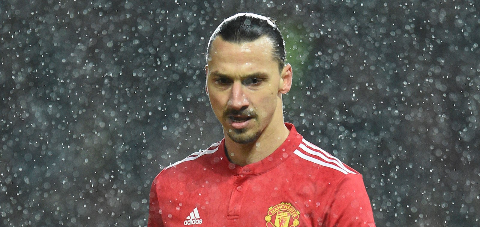 Jose Mourinho considering shock January bid to bring back Zlatan Ibrahimovic – report