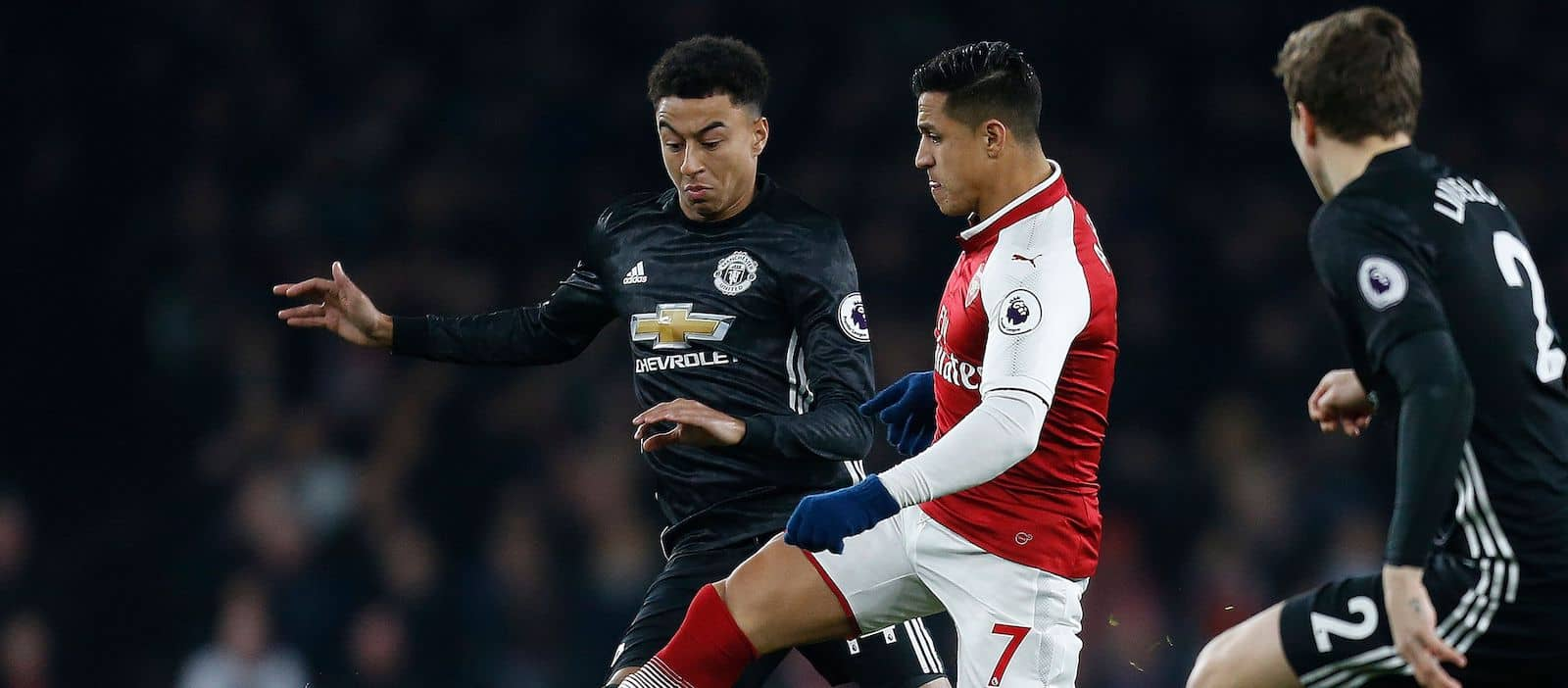 Alexis Sanchez agrees four-year contract at Manchester United – report