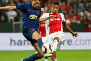 Manchester United chase Ajax star David Neres: report