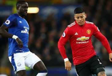 Everton turn down Manchester United's Marcos Rojo asking price