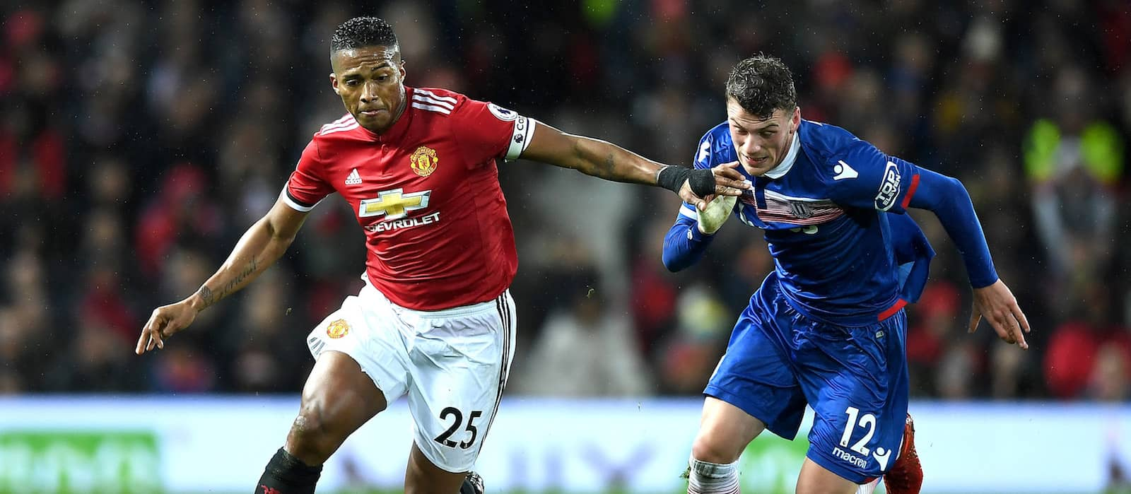Antonio Valencia sends departing message to Manchester United fans