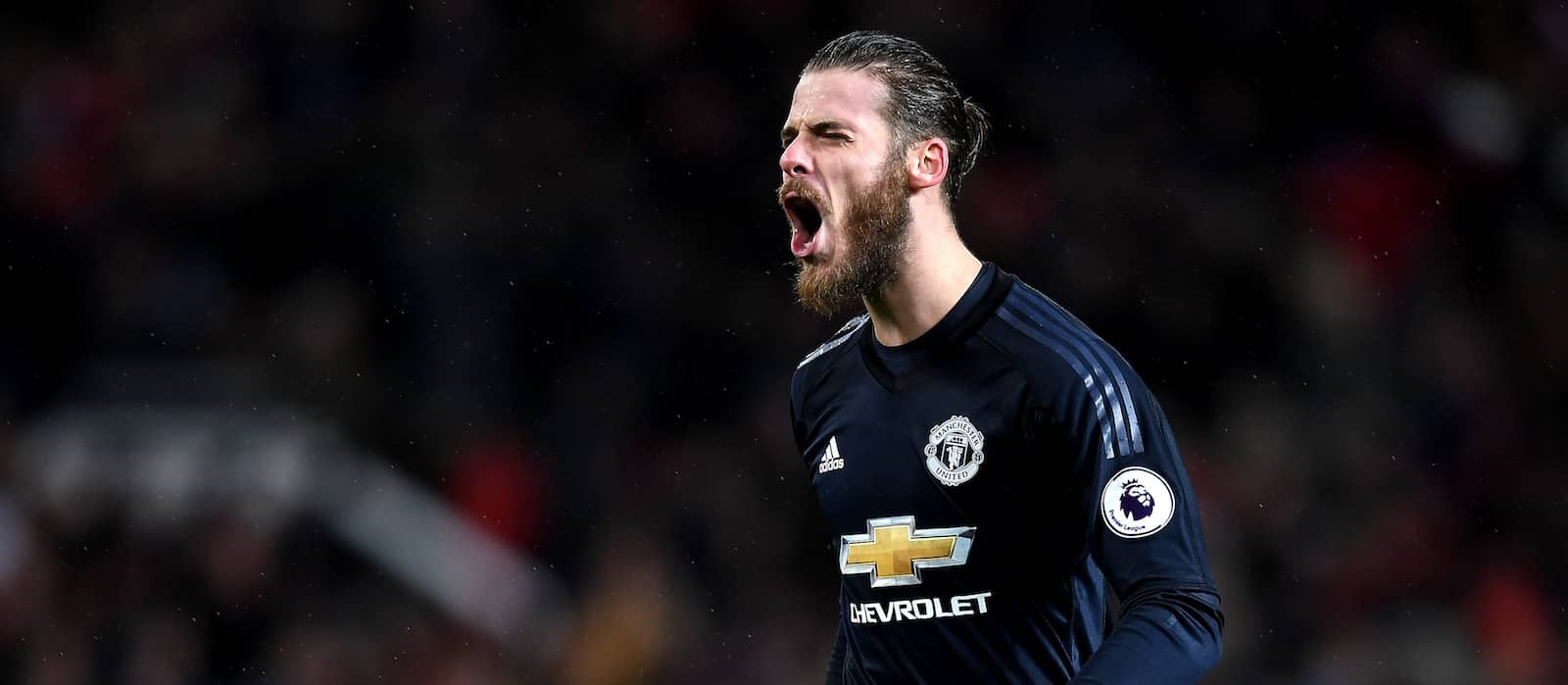 David de Gea's new £350,000-a-week Manchester United contract held up by agent fees – report