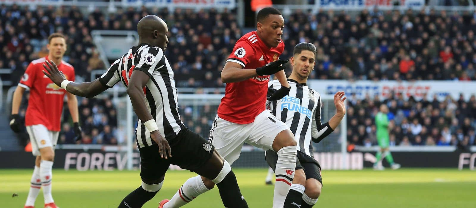 Anthony Martial breaks his silence over Manchester United exit rumours