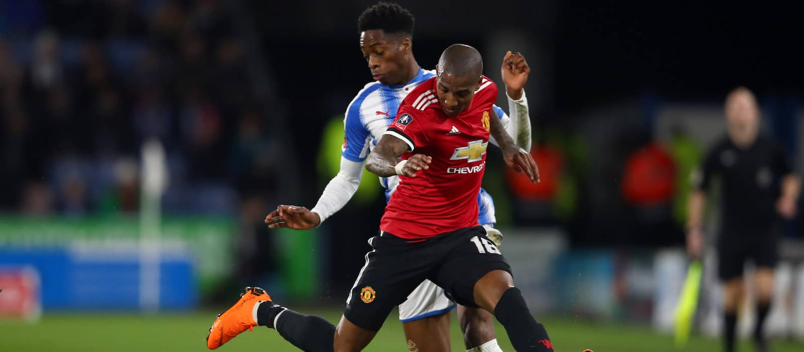 Manchester United medical staff to assess Ashley Young following knee injury against Italy