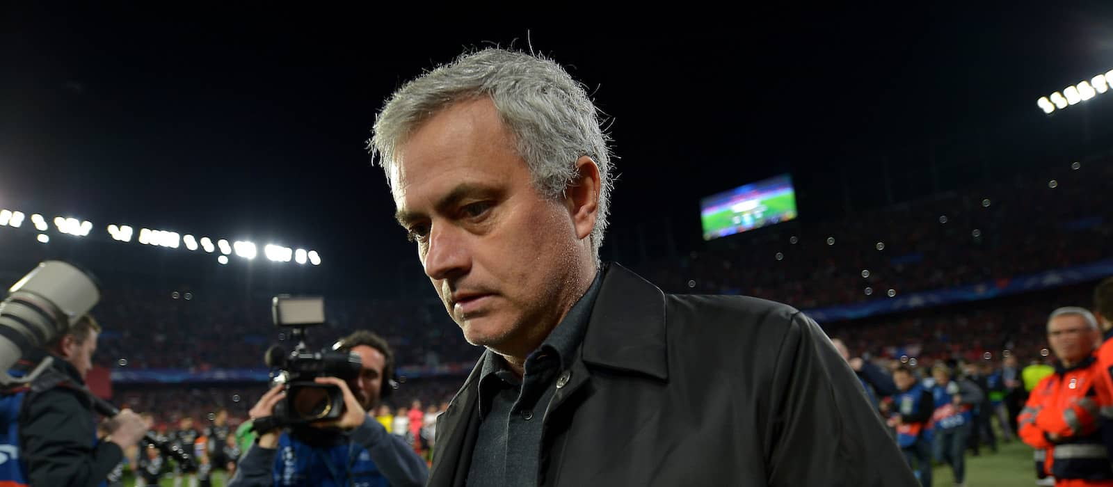 Jose Mourinho slams media for treatment of Manchester United