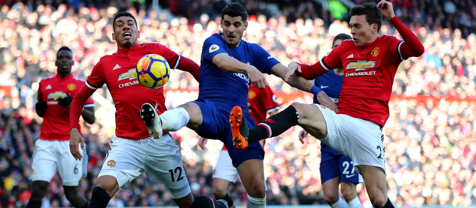 Manchester United fans uncertain after Chris Smalling's performance vs Crystal Palace