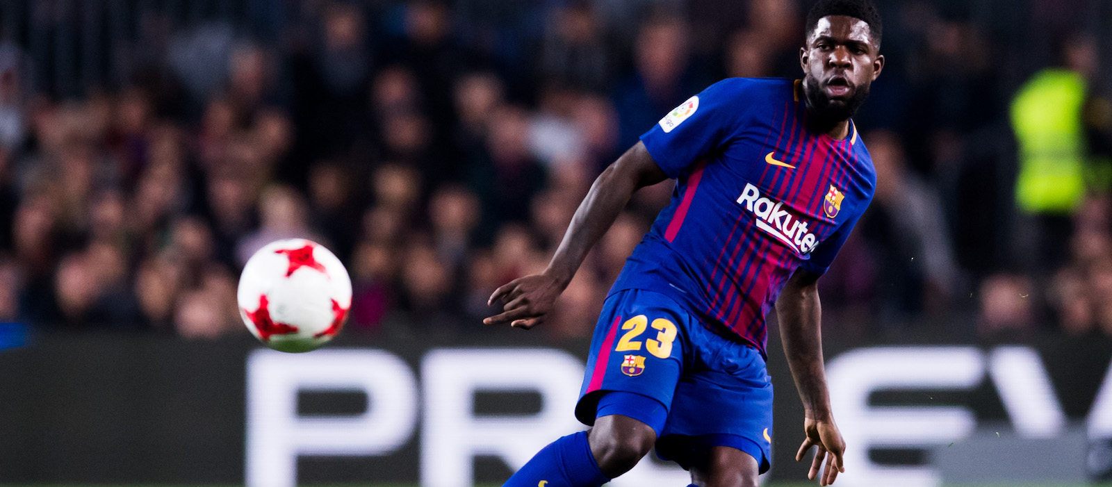 Samuel Umtiti points to Barcelona badge against Roma amid Manchester United speculation