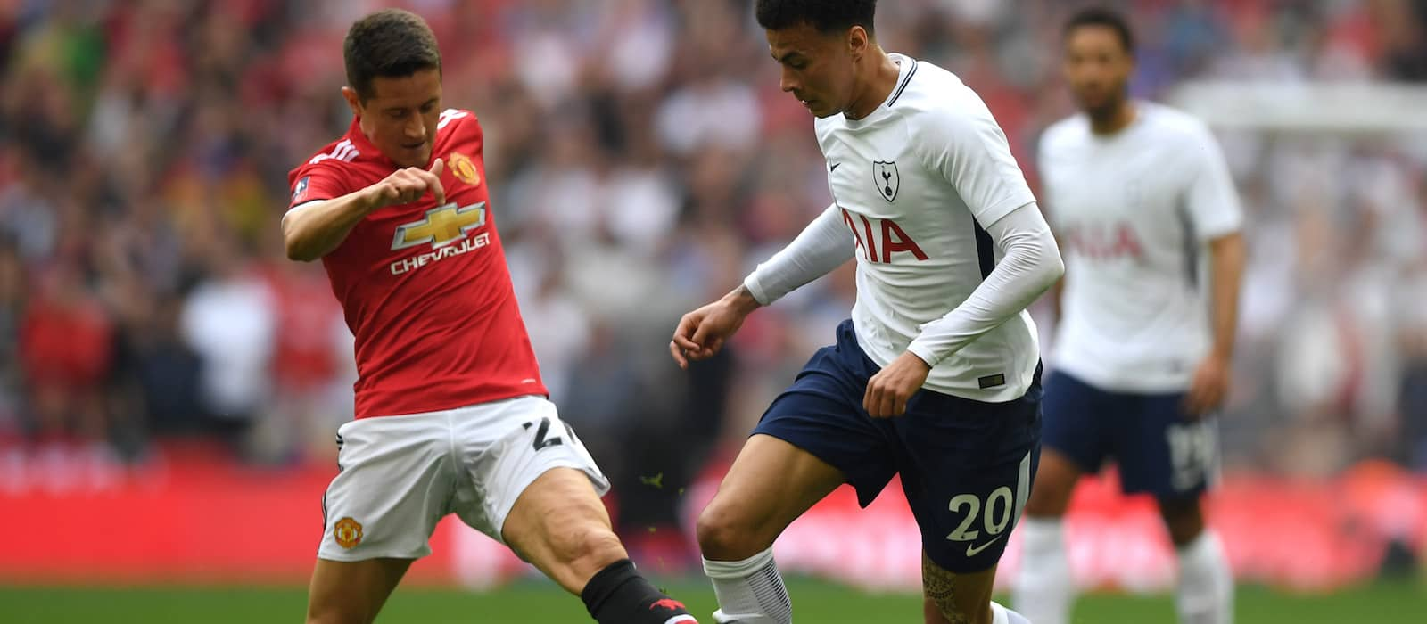 Manchester United to hand Ander Herrera a contract extension: report