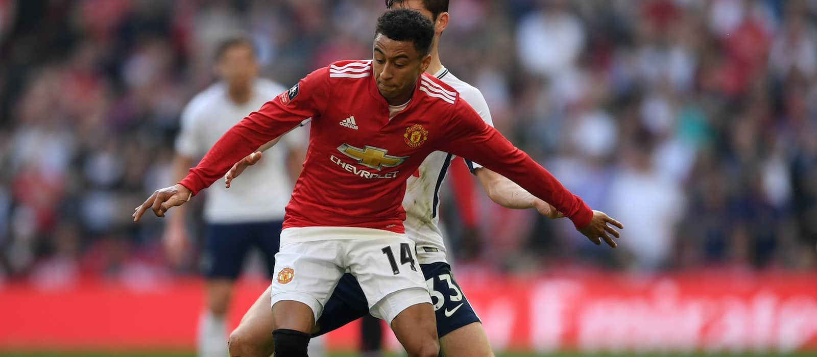 Manchester United hoping for Jesse Lingard return after international break for Chelsea game – report