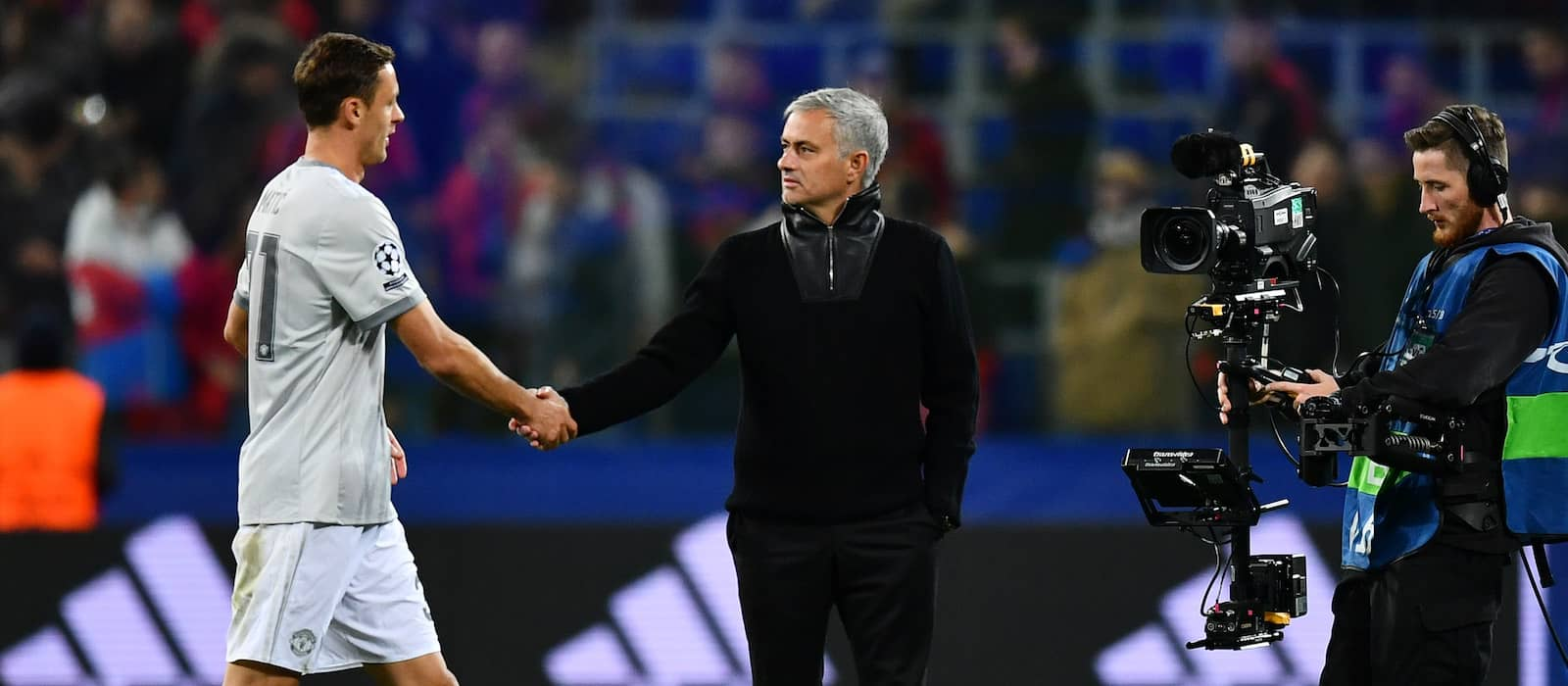 L'Equipe: Zinedine Zidane keen to replace Jose Mourinho at Manchester United