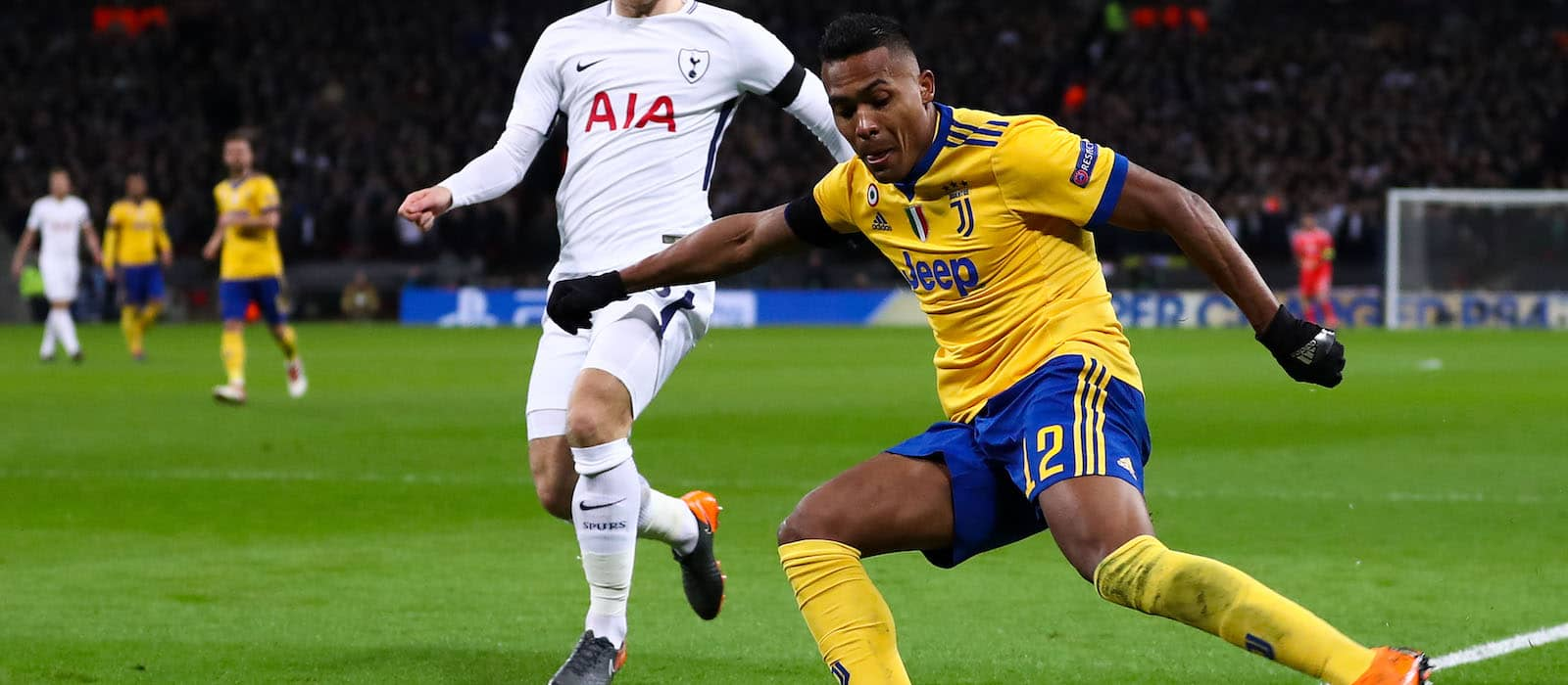 From Italy: Alex Sandro part of Juventus' plans for next season