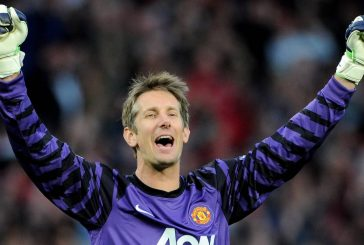 Edwin Van der Sar: Maybe one day I will return