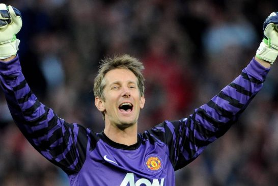 Edwin van der Sar a candidate for Manchester United role: report