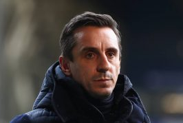 Gary Neville reacts to Manchester United's horror show vs Everton