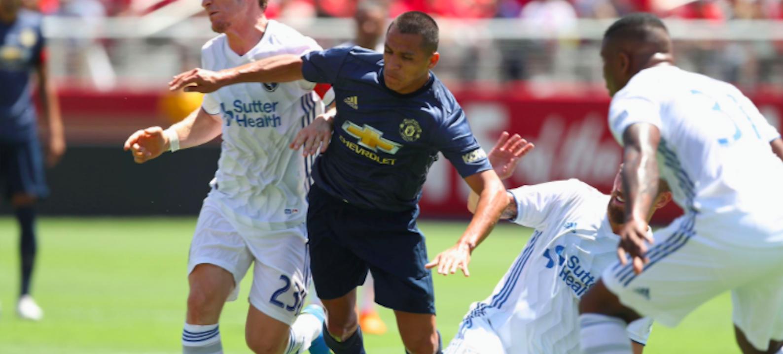 Manchester United fans pleased with Alexis Sanchez's performance vs AC Milan