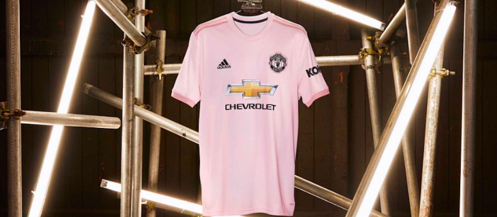 Photos: Manchester United unveil pink away kit for 2018/19 campaign