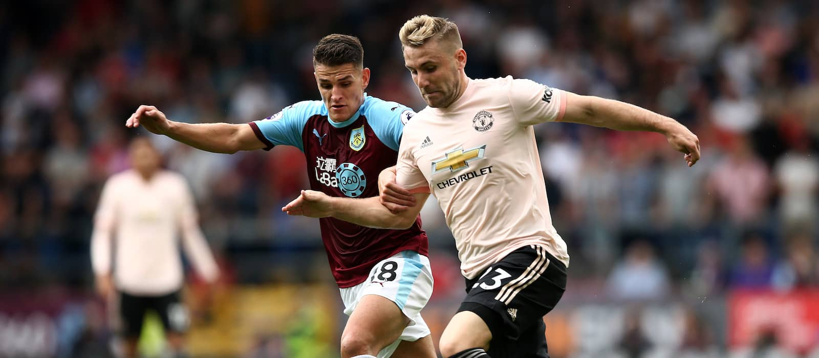 Manchester United fans happy with Luke Shaw's performance vs Burnley