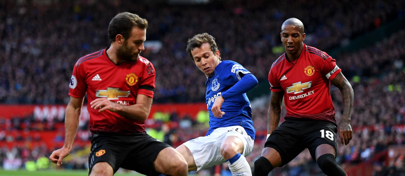 Photo gallery: Manchester United 2-1 Everton