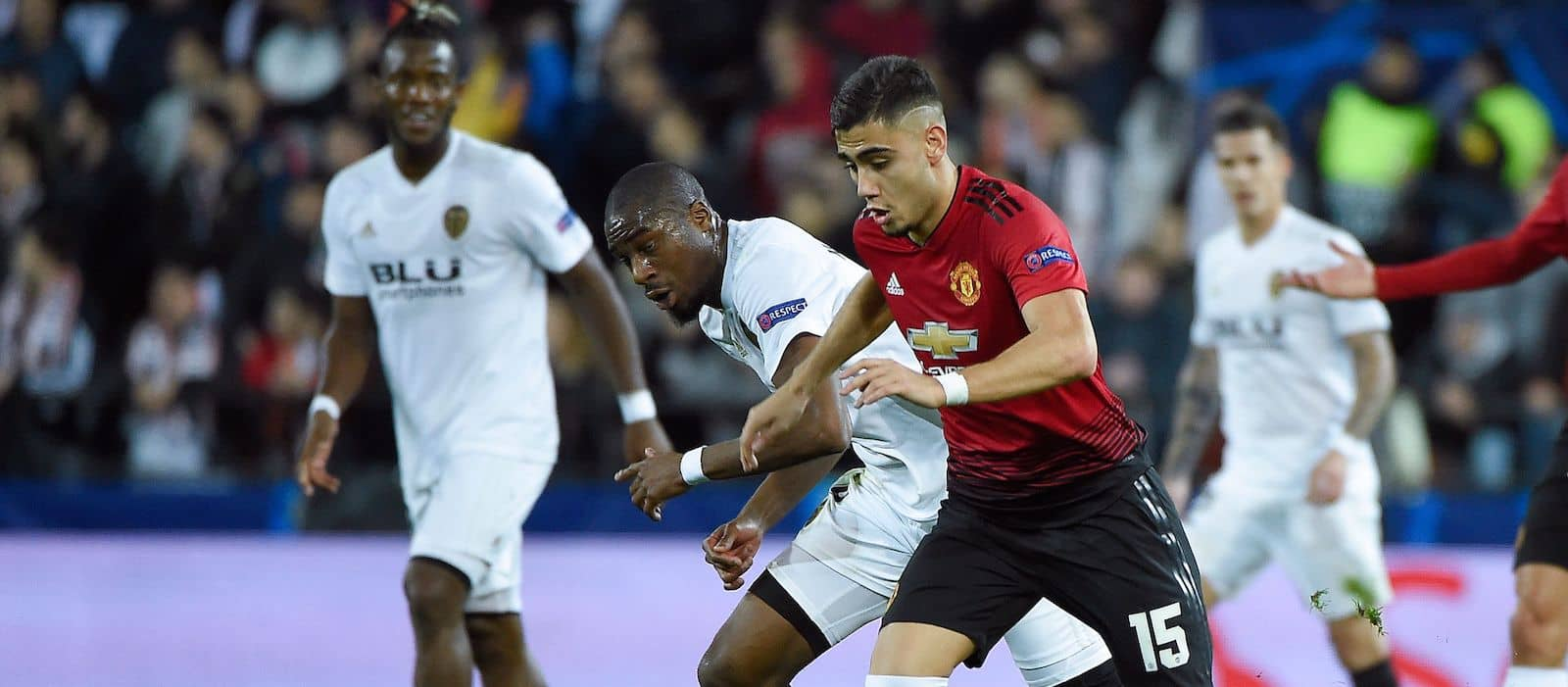 Photo gallery: Valencia 2-1 Manchester United