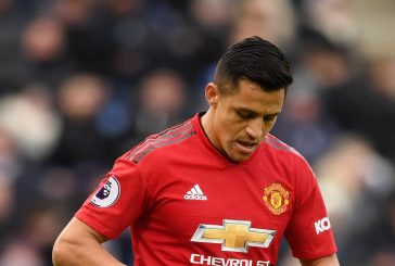 Alexis Sanchez picked up an injury before coming on against Paris Saint Germain – report