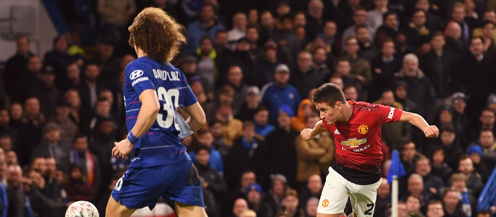 Manchester United players and staff praise away supporters following Chelsea victory