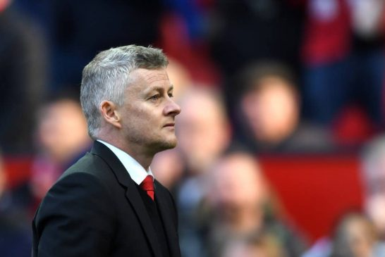 What is wrong with Manchester United's midfield?
