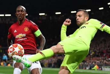 Ashley Young frustrating during 1-0 loss to Barcelona