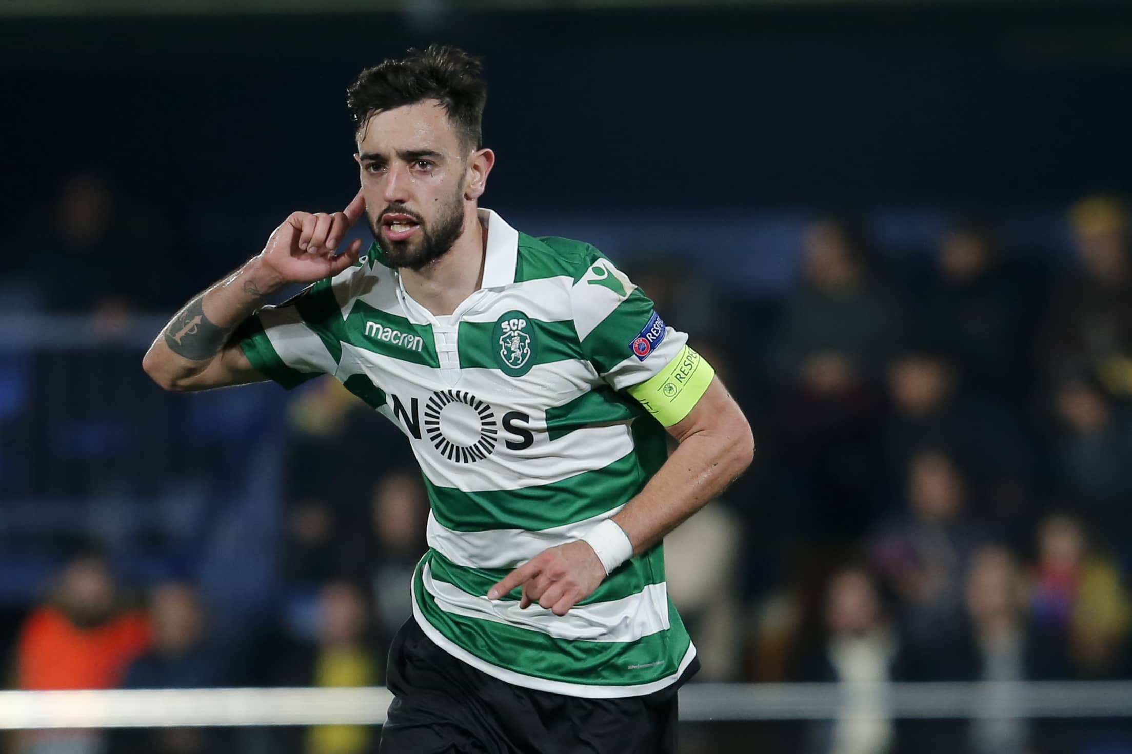 Bruno Fernandes opens up on future amid Manchester United interest