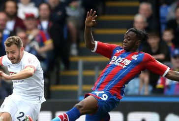 Manchester United fans welcome Aaron Wan-Bissaka with personal song