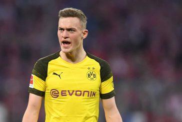 Manchester United turn to Borussia Dortmund's Jacob Bruun Larsen as third signing