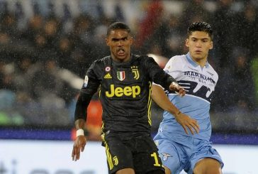 Manchester United target Douglas Costa in Juventus swap deal