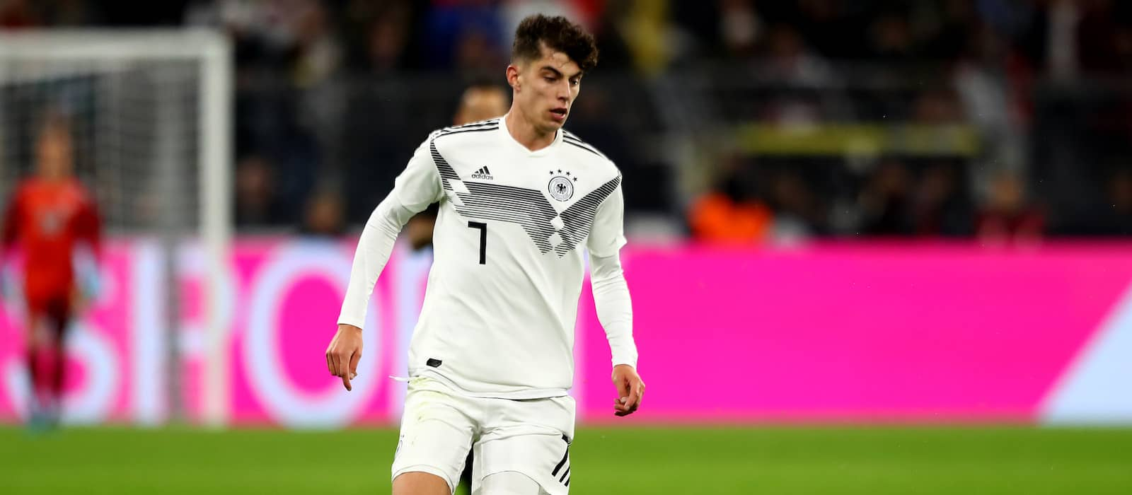 Kai Havertz remains mysterious over future amid Manchester United links