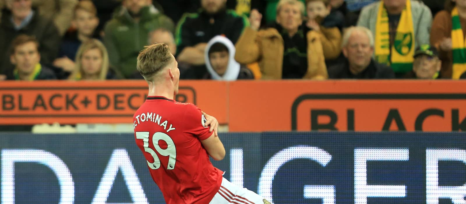 Picture: Scott McTominay celebrates wildly after brilliant winner vs Chelsea