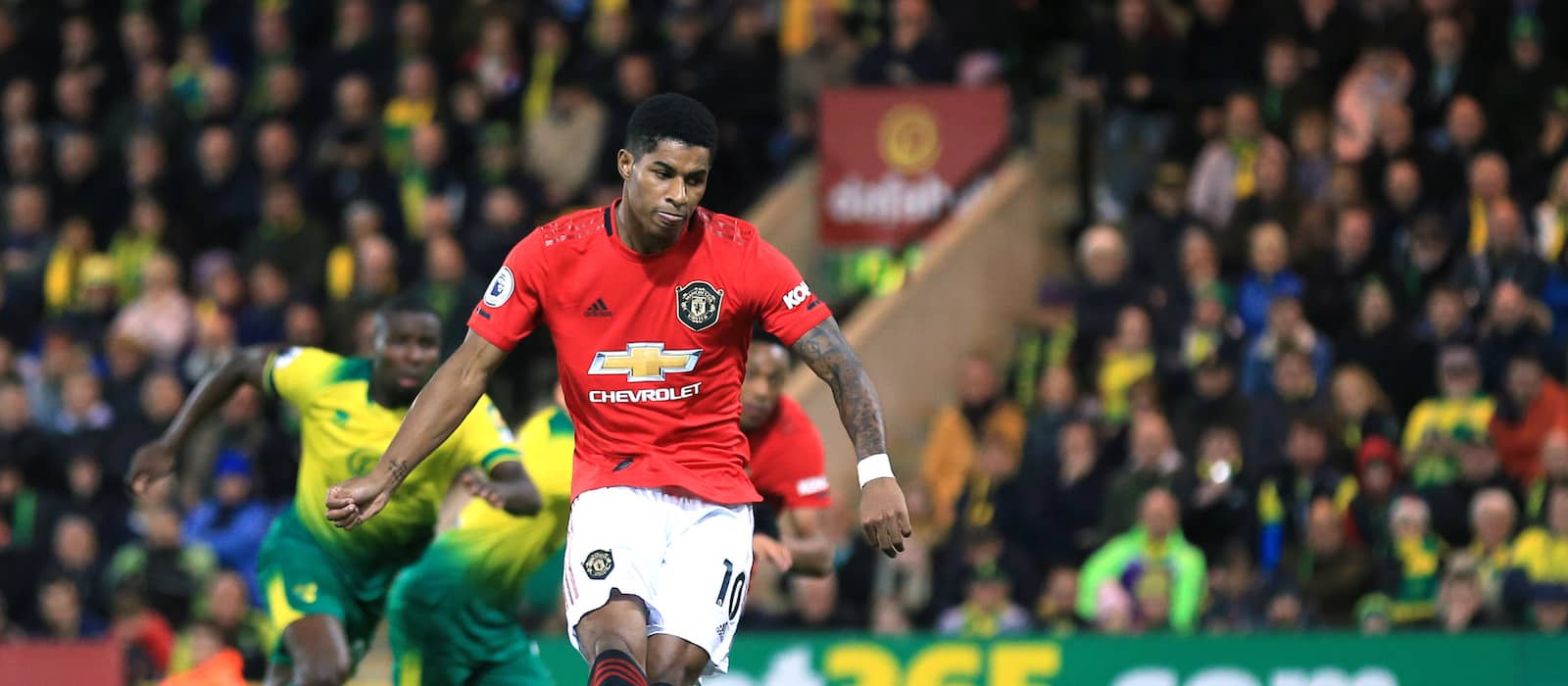 Manchester United fans delighted with Marcus Rashford and Anthony Martial vs Norwich