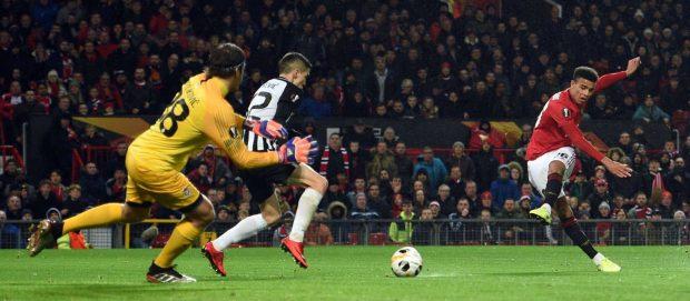 4-2-3-1: Predicted XI Chelsea vs Man Utd - Greenwood, Fernandes start