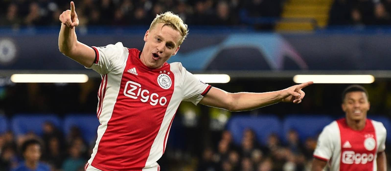 Ajax's Donny Van de Beek: Man United ready to pounce with cut-price offer