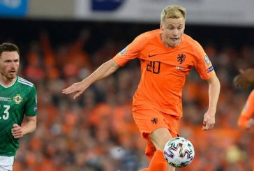 Manchester United turn attention towards Ajax's Donny van de Beek
