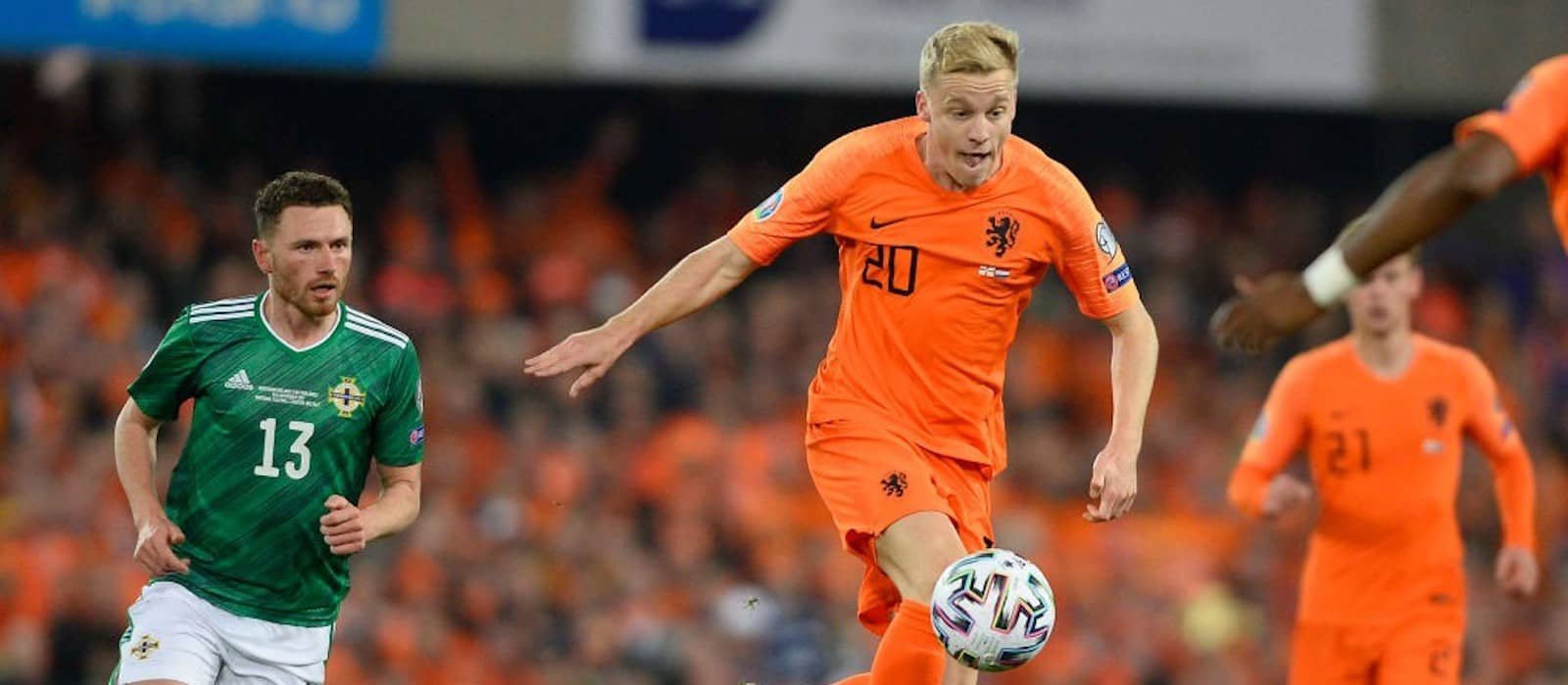 Ajax and Manchester United see eye to eye on Donny van de Beek