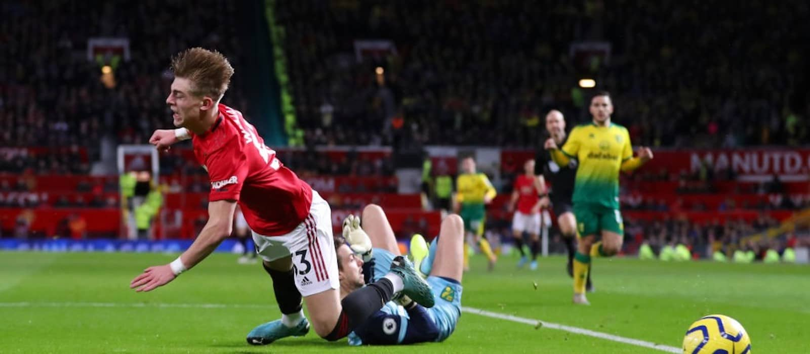 Brandon Williams dazzles with energetic Manchester United display vs. Norwich City