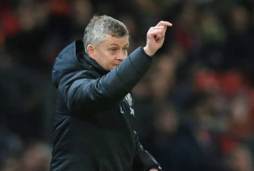 Fans blame Ole Gunnar Solskjaer for Manchester United's toothless performance vs. Wolves