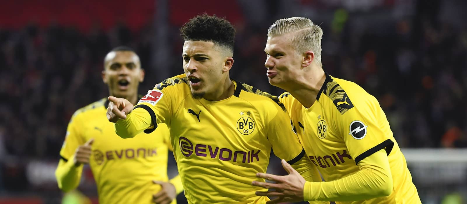 Man United prepare Jadon Sancho bid  £9 million lower than that reported