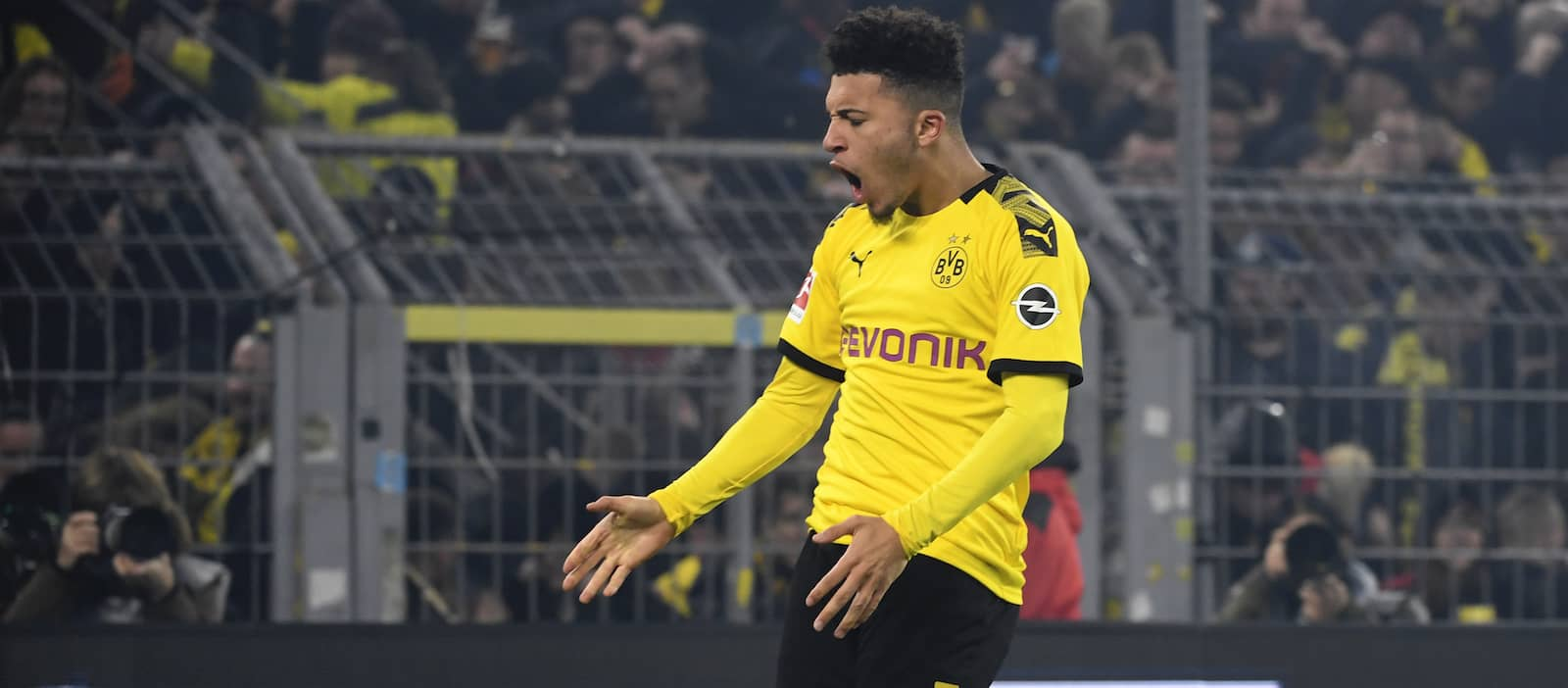 Jadon Sancho's wages holding up Man United transfer, Sky claims