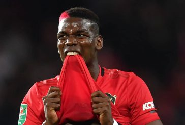 Manchester United could be set to hold onto Paul Pogba